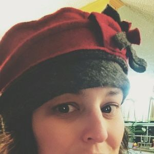 Wool Platania Red and Grey Pillbox Hat w/ Bow